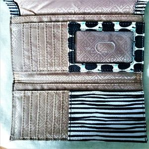 Relic Bags - Relic Takeaway Collection Checkbook Wallet Apples